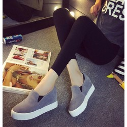 Giày slipon nữ trẻ trung năng động