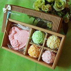 Quà 20 tháng 10 - Hộp 5 xà phòng quà tặng hoa hồng đơn