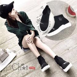 Giày Sneaker Nữ Đen Cổ Cao Đẹp Độc Đáo