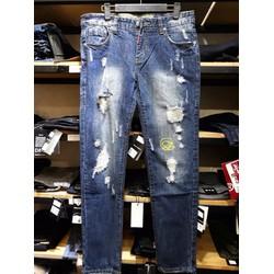 Quần jean xanh rách