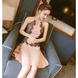 Đầm cổ yếm phối ren