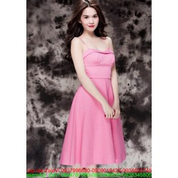 Đầm xòe hồng đi tiệc thiết kế kiểu 2 dây xinh đẹp như Ngọc Trinh