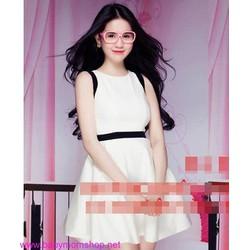 Đầm xòe sát nách trắng phối đen thời trang