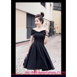 Đầm đen xòe thiết kế trễ vài sành điệu cá tính