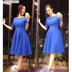 Đầm cổ thuyền váy xòe xếp ly cách điệu quyến rũ