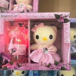 Hộp quà có đèn sáng 7 màu và có gấu bông hộp đẹp tinh tế