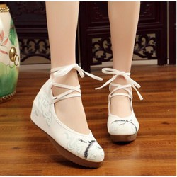 Giày Thêu Hạc Đế 3Cm Rất Đẹp