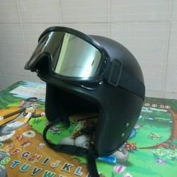 kính chống tia UV X500