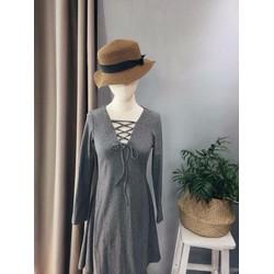 Đầm xòe đan ngực