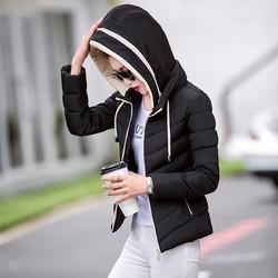 Áo khoác phao có mũ cho nàng năng động
