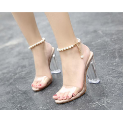 Giày cao gót gót trong vòng châu sang trọng