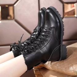 Giày boot nử cổ cao