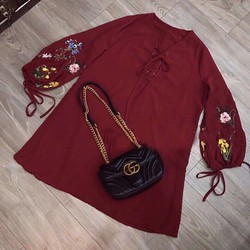 Đầm suông tay bí đan dây cổ