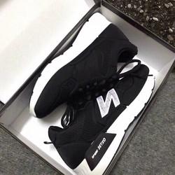 giày thể thao chữ N