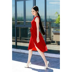 Đầm xòe đỏ thắt nơ thanh lịch