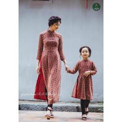 SET 2 áo dài hoa nhí đỏ mẹ và b