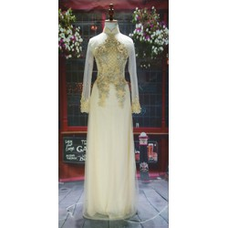 Áo dài cưới cô dâu truyền thống