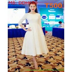 Đầm dự tiệc xòe màu trắng dài tay trẻ trung và thời trang DDH650