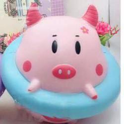 Squishy Lợn Trên Phao 16cm Squishy Hot