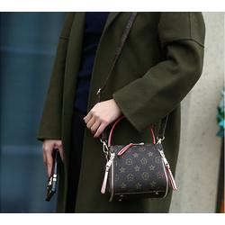Túi đeo chéo xu hướng