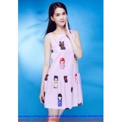Đầm suông xếp y họa tiết cô gái nhật dễ thương như Ngọc trinh DSV55