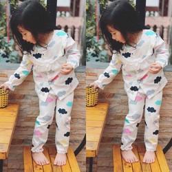 Set pijama hình mây đáng yêu cho bé