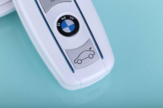 Điện thoại BMW V10 mini nắp gập tinh tế Full Box 39