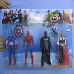 Bộ 4 anh em siêu anh hùng