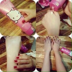 Kem dưỡng body make up trắng da Hello Kitty hồng 300ml