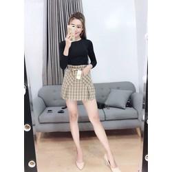 Chân váy sọc caro