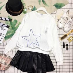 Áo thun tay dài cổ tròn in hình ngôi sao