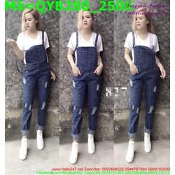 Quần yếm jean nữ màu xanh rách xước nhẹ QYB280