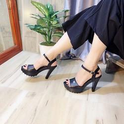 Giày cao gót hở mũi cá tính