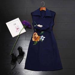 đầm vest hoa thêu nổi