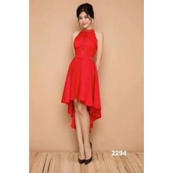 Đầm xòe đỏ dạo phố Noel