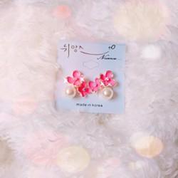 Bông tai hoa xinh xắn