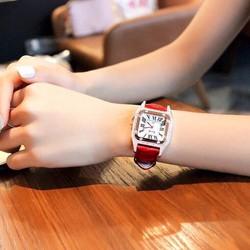 Đồng hồ nữ Caiqi mặt vuông dây da size 30x30mm M30