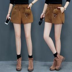 Quần ngắn nữ mặc mùa đông - giá 630k -C112104