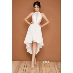 Đầm xòe trắng dạo phố xinh xắn