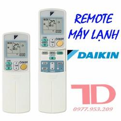 Remote máy lạnh Daikin 2 nút - viền xanh