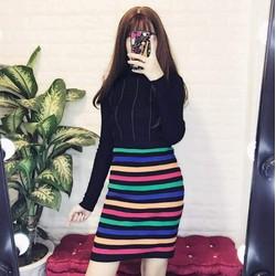 chân váy len sọc nhiều màu