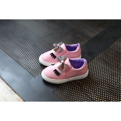 Giày slip on bé gái