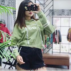 Áo hoodie da cá crotop thời trang, kiều dáng sành điệu