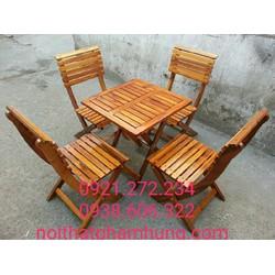 Bàn ghế gỗ thanh lý giá rẻ