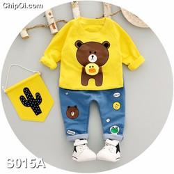 Set quần áo in hình con gấu Brown ôm vịt Sally cho bé trai giá rẻ