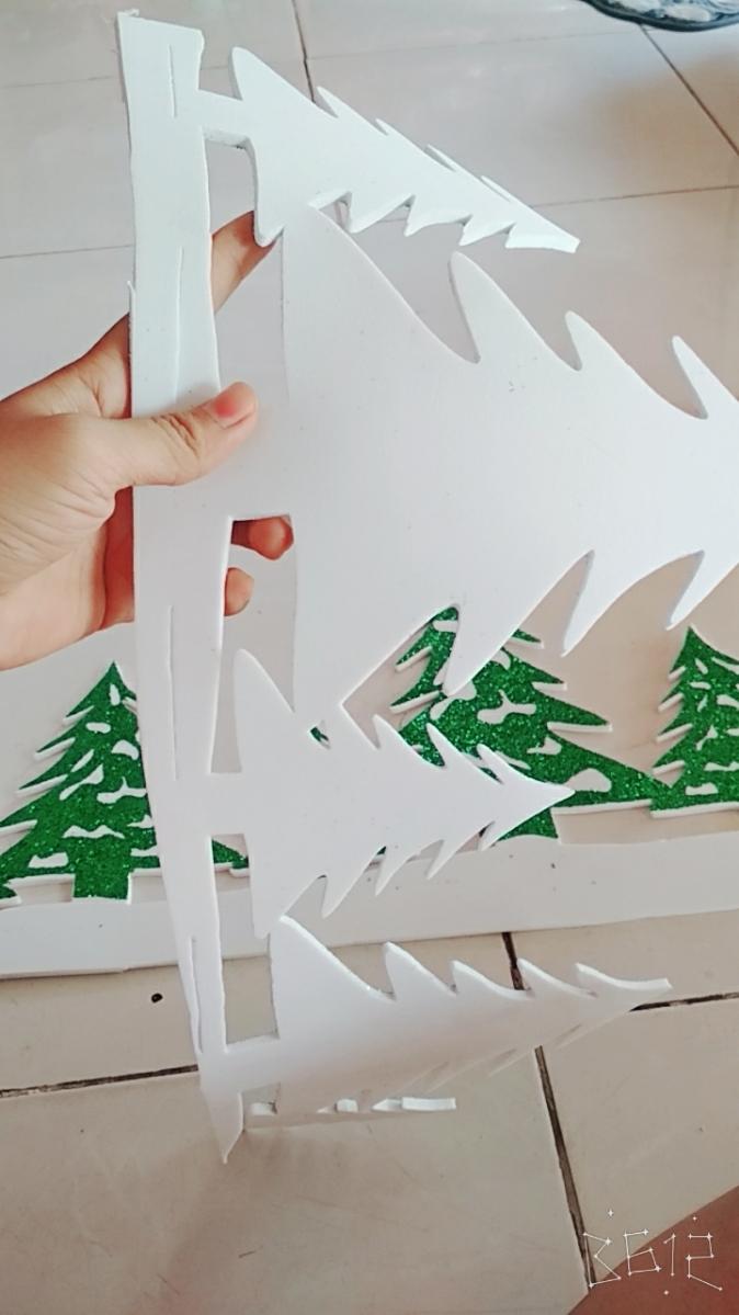Decan Trang Trí Noel - Hình Cây Thông Có Kim Tuyến 3