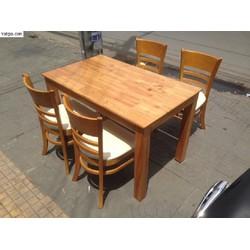 bàn ghế gỗ dầu bán tại nơi sản xuất