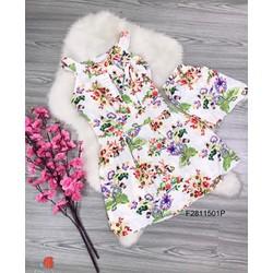 Set đầm hoa cổ yếm quần short hàng thiết kế! MS: S281103 Giá sỉ: 105k