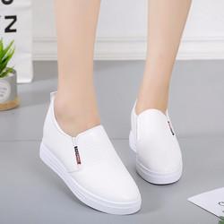 Giày nữ tăng chiều cao trẻ trung