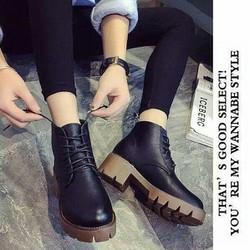 Giày Boots Nữ Cực Ngầu